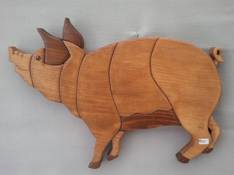 WALL INTARSIA PIG 1
