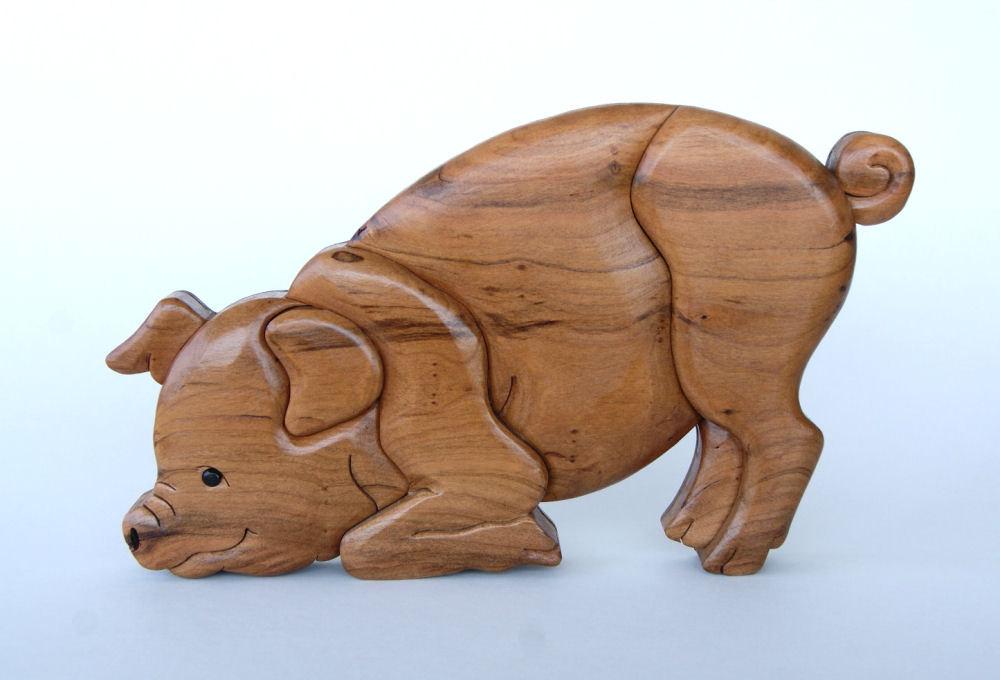 WALL INTARSIA PIG