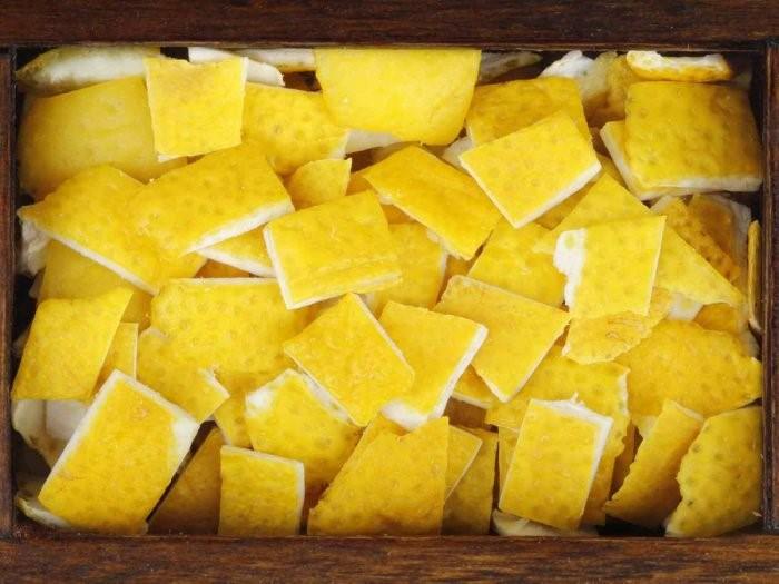 Benefits & Uses of Lemon Rind cau nay la ben ngoai