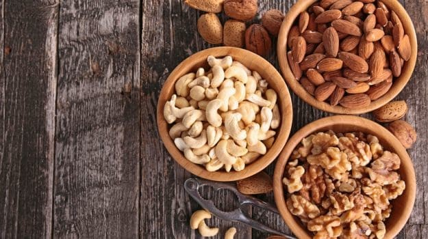 A Handful of Nuts is All That You Need Expert Nutritionist