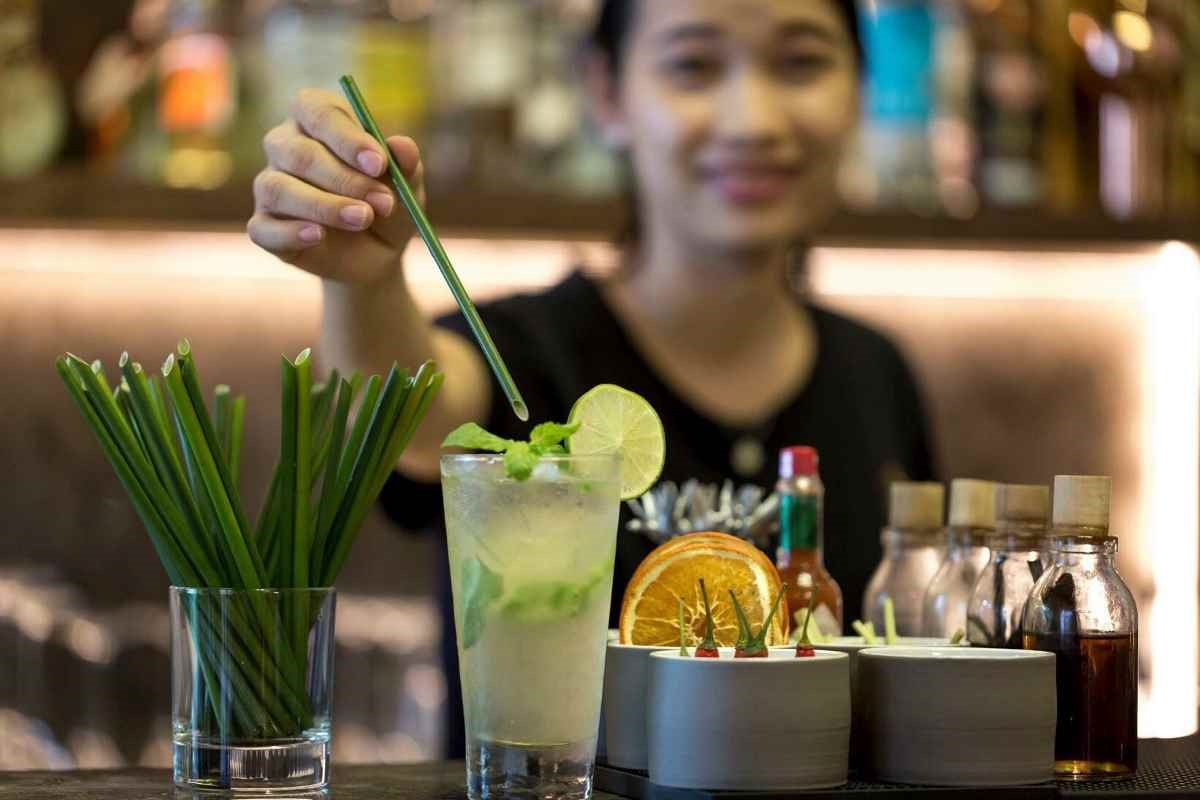 Vietnam's wild grass straws PLASTIC STRAW ALTERNATIVES FOR ECO-FRIENDLY BUSINESSES