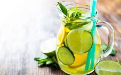 6 Detox Water Ingredients To Help Improve Your Digestive Health