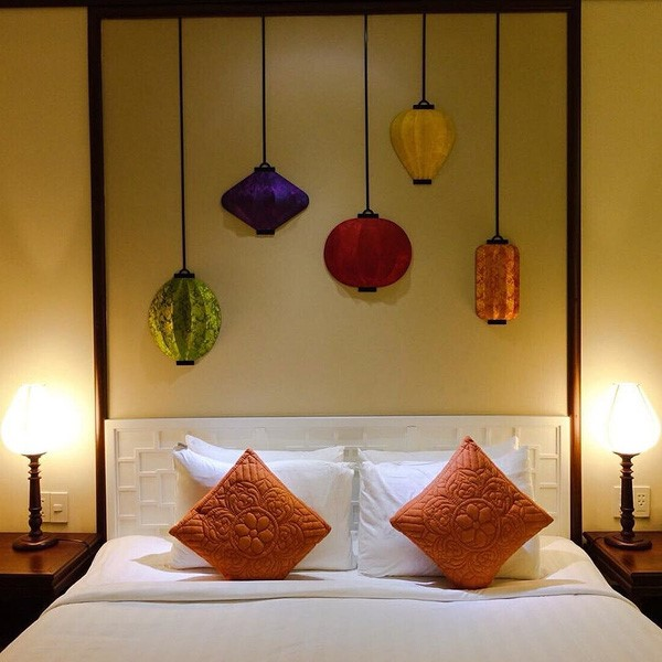 How to decorate your space with silk lanterns hotel resorts cafes