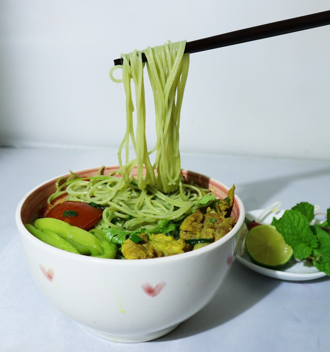 Super health benefits of moringa vermicelli noodles